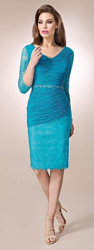 Lace and ruched 3/4 sleeve dress -NOT THE COLOUR PICTURED