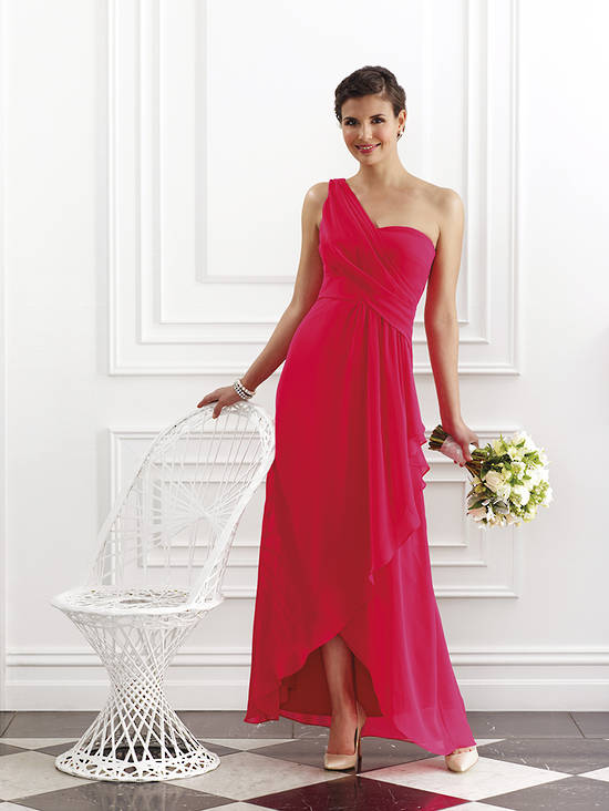 One shouldered sweetheart neckline uneven hem gown in chiffon