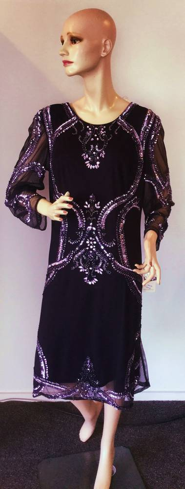 Shaped sequin dress with sheer sleeves - Size 20