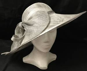 Silver asymmetrical picture hat